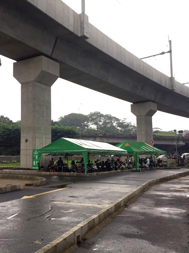 PTR- Shelter Ojol di Stasiun MRT