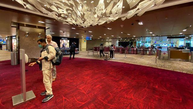 Suasana sepi di Changi Airport Singapura