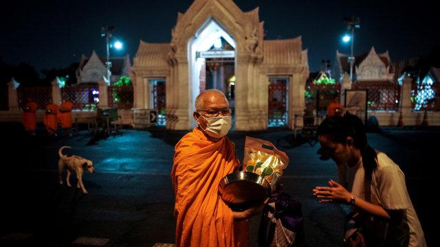 Thai Airways Tawarkan Penerbangan Religi: Terbang Sambil Baca Doa Umat Buddha (580312)