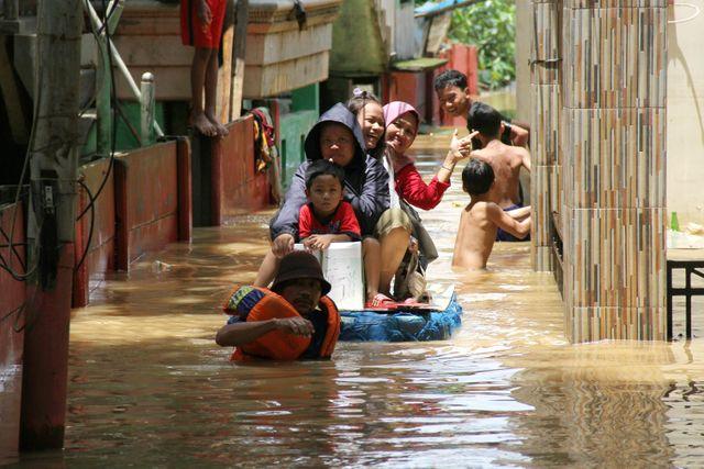 Banjir di Kampung Arus