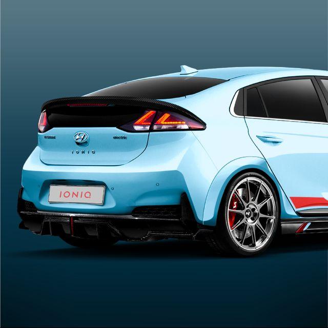 Hyundai Ioniq_1x1-05.jpg