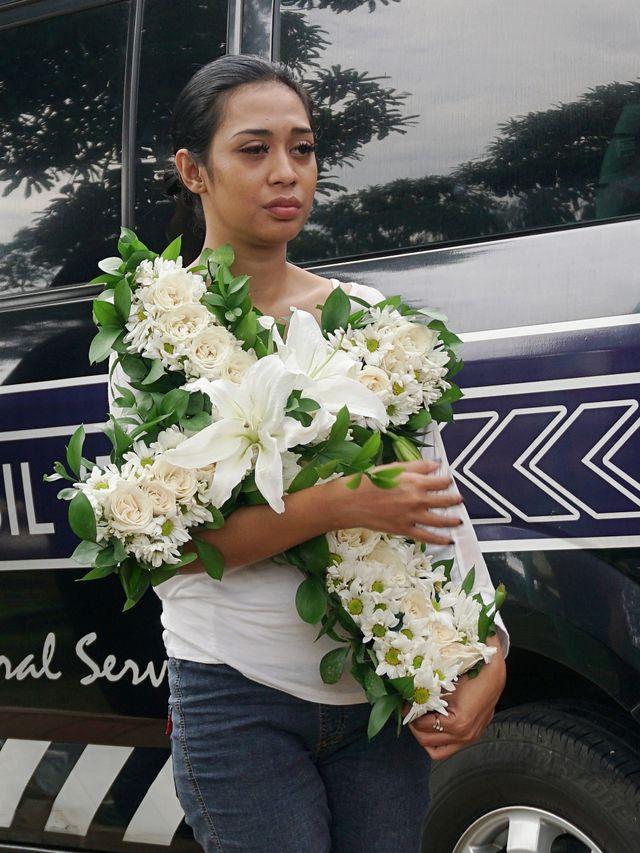 Mantan Suami Karen Idol Diperiksa Sebagai Saksi Kasus Kematian Anaknya (3832)