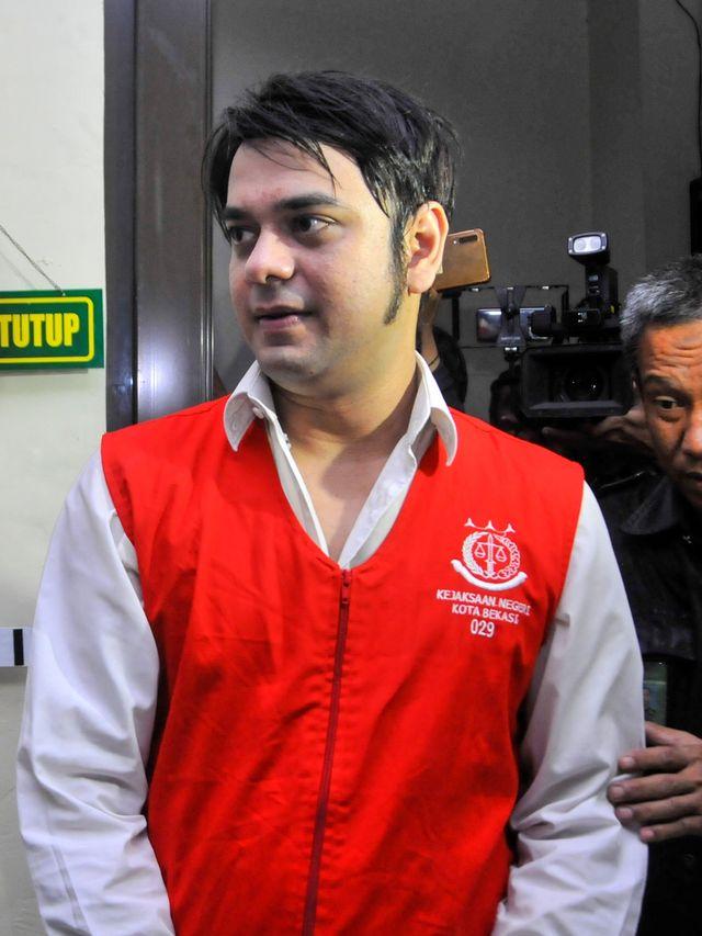 Dilaporkan Rio Reifan ke Polisi, Sandy Tumiwa: Berpikir Sebelum Bertindak (294789)