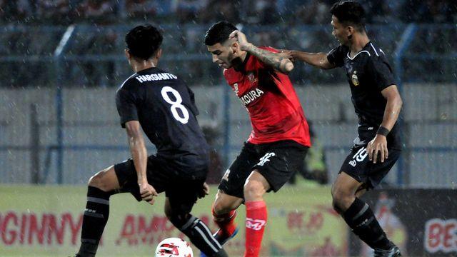 Jadwal Piala Gubernur Jatim: Bhayangkara vs Persebaya, Madura United vs Persik (573099)