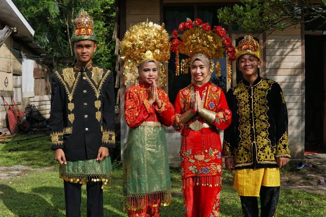 Perempuan Ahli Tenun, Penjaga Warisan Fashion Para Sultan Aceh (710572)