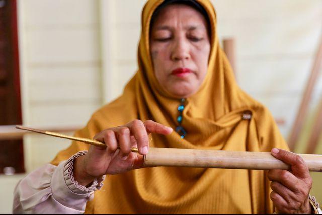 Perempuan Ahli Tenun, Penjaga Warisan Fashion Para Sultan Aceh (710573)