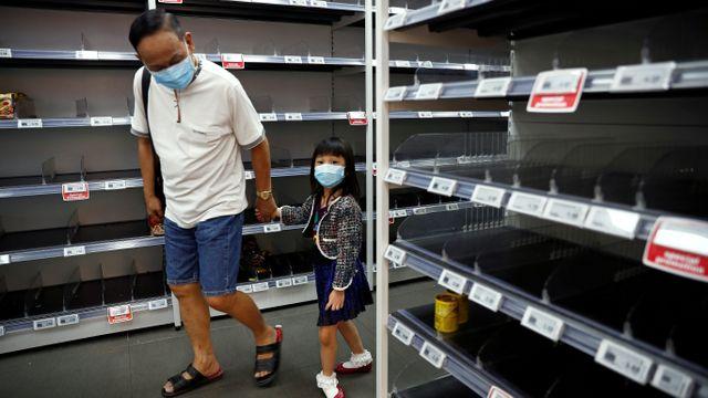 Status oranye Singapura virus corona supermarket