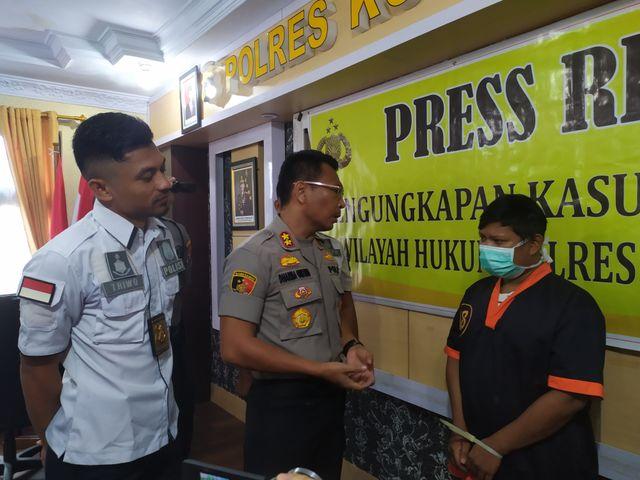 Polres Kobar Bongkar Prostitusi Online, Mucikari di Kalteng Ditangkap (115326)
