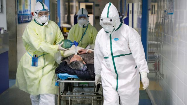 Tim medis Wuhan China virus corona pakaian hazmat