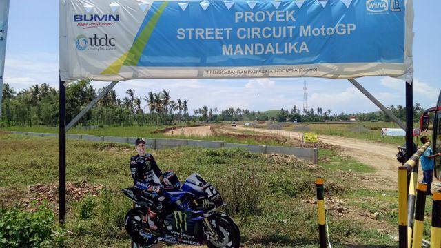 Luhut Pastikan Proyek Sirkuit MotoGP di Mandalika Rampung Juni 2021 (303621)