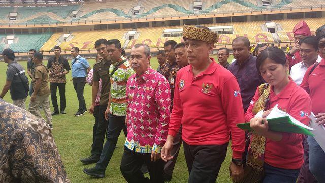 Ketum PSSI Kunjungi Stadion Utama5.jpg