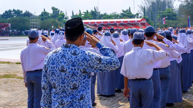 Arti Warna Seragam SD, SMP, dan SMA, Bikin Bangga Jadi Pelajar! (580646)