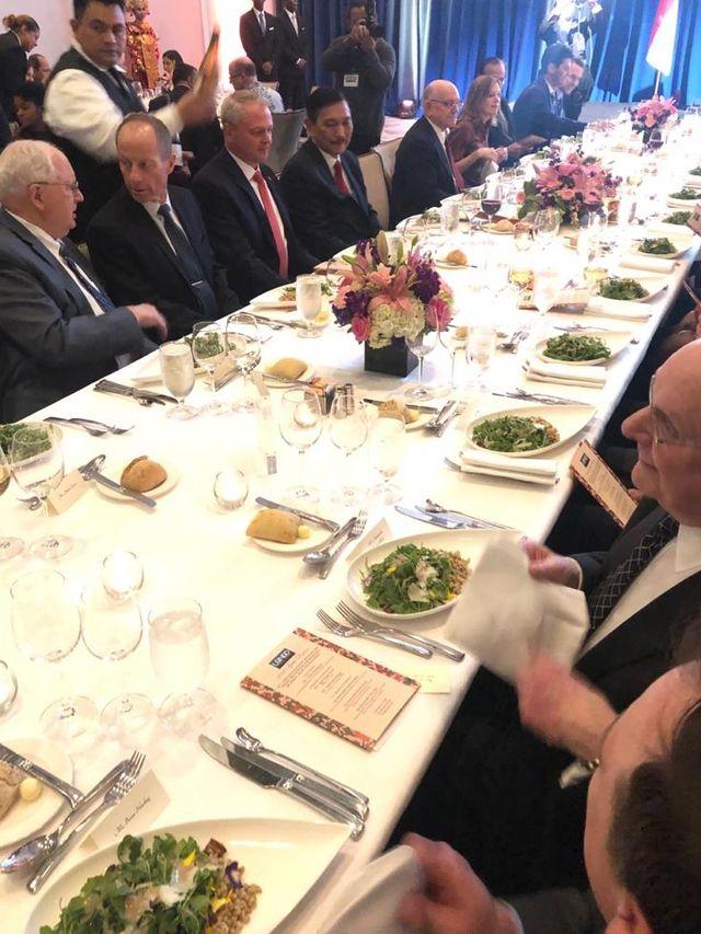 Luhut Makan Siang dengan Menantu Trump, Bahas Investasi di Ibu Kota Baru (584302)