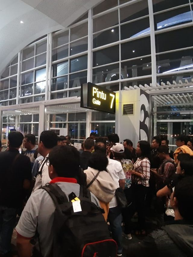 Lion Air Ganti Pesawat di Kualanamu yang Diduga Alami Gangguan Pintu Belakang (45126)