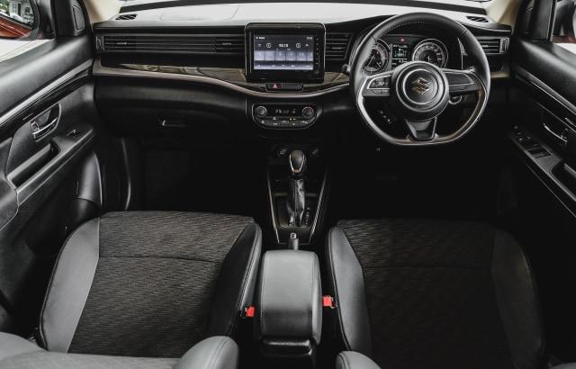 Ini Perbedaan Ketiga Varian Suzuki XL7, Pilih Mana? (7811)