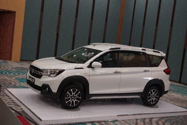 Ini Perbedaan Ketiga Varian Suzuki XL7, Pilih Mana? (7806)