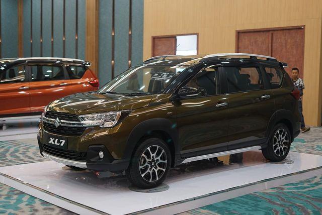 Ini Perbedaan Ketiga Varian Suzuki XL7, Pilih Mana? (7807)
