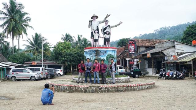 Baduy Boleh Dikunjungi, Tetua Adat Minta Wisatawan Patuhi Protokol Kesehatan (956315)