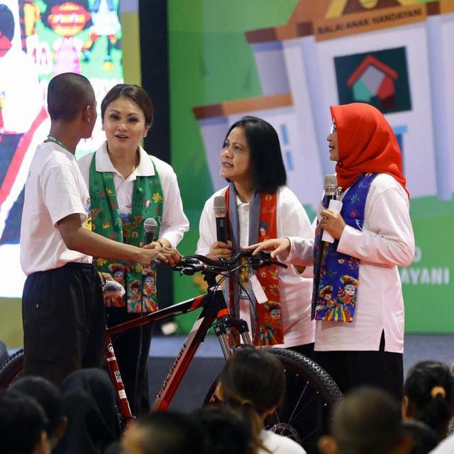 PTR- Iriana Jokowi di acara Temu Sapa