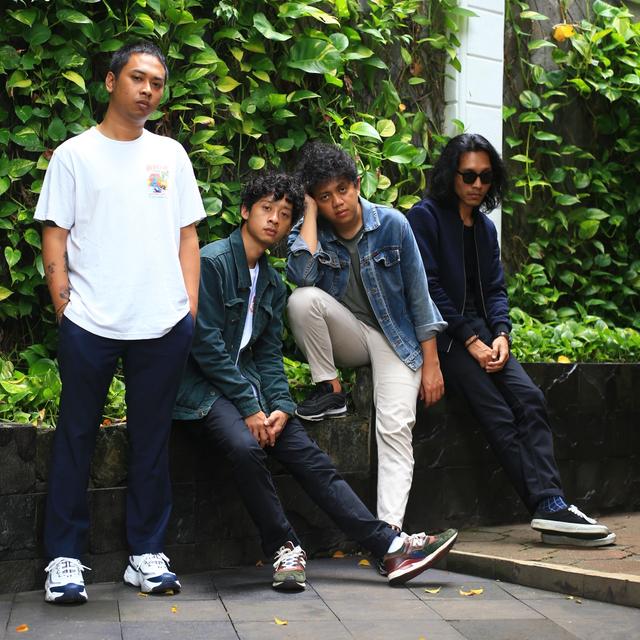 SQR - Band Coldiac