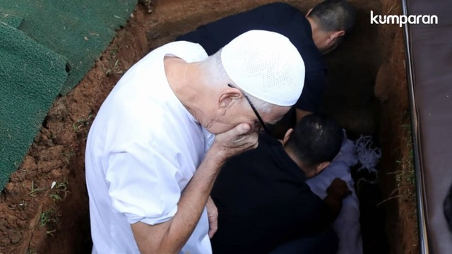 WM- pemakaman Ashraf Sinclair