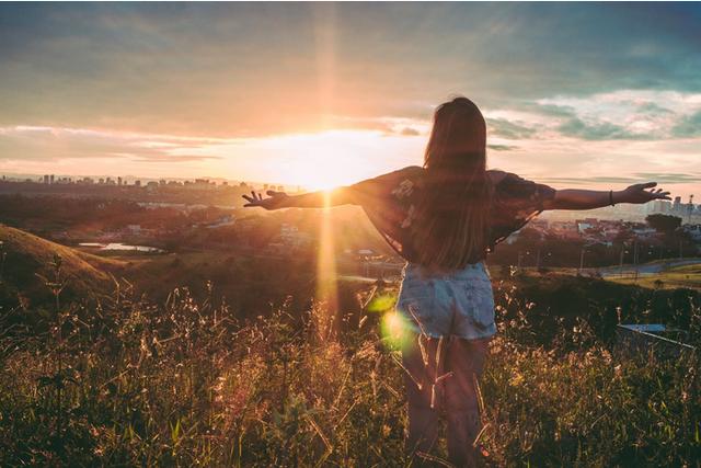 Manfaat dari 'Positive Self-Talk' yang Bikin Hidup Lebih Tenang (837)