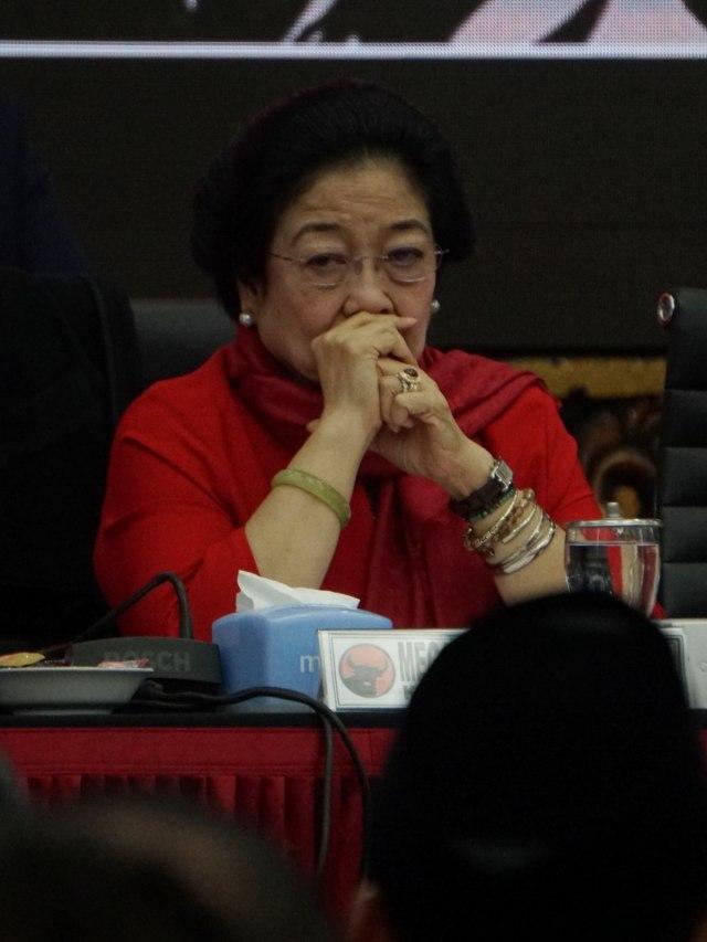 PDIP soal Kans Ganjar di Pilpres 2024: Megawati yang Ambil Keputusan (127849)