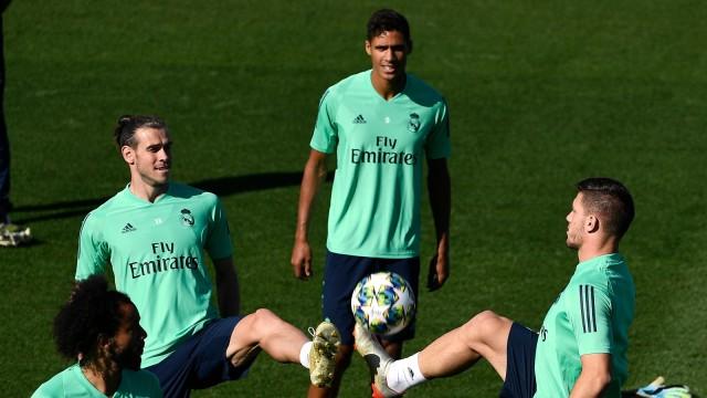 Jika Ditawar Madrid atau Barcelona, Raul Jimenez Mungkin Tinggalkan Wolves (267091)