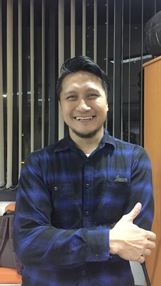 Arie Untung: Selamat untuk Suami yang Bertahan dari Kecerewetan Istri Selama WFH (68150)