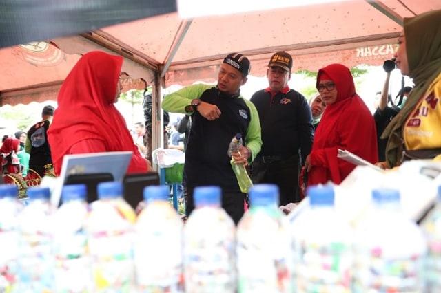 Hari Peduli Sampah Nasional 2020, Makassar Kampanye Tumbler (65968)