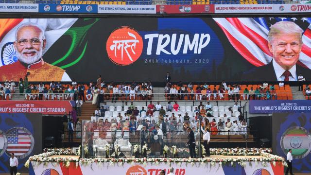 Foto: Trump Disambut Ratusan Ribu Warga saat Melawat ke India (69131)