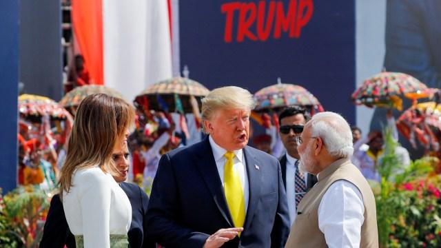 Foto: Trump Disambut Ratusan Ribu Warga saat Melawat ke India (69123)
