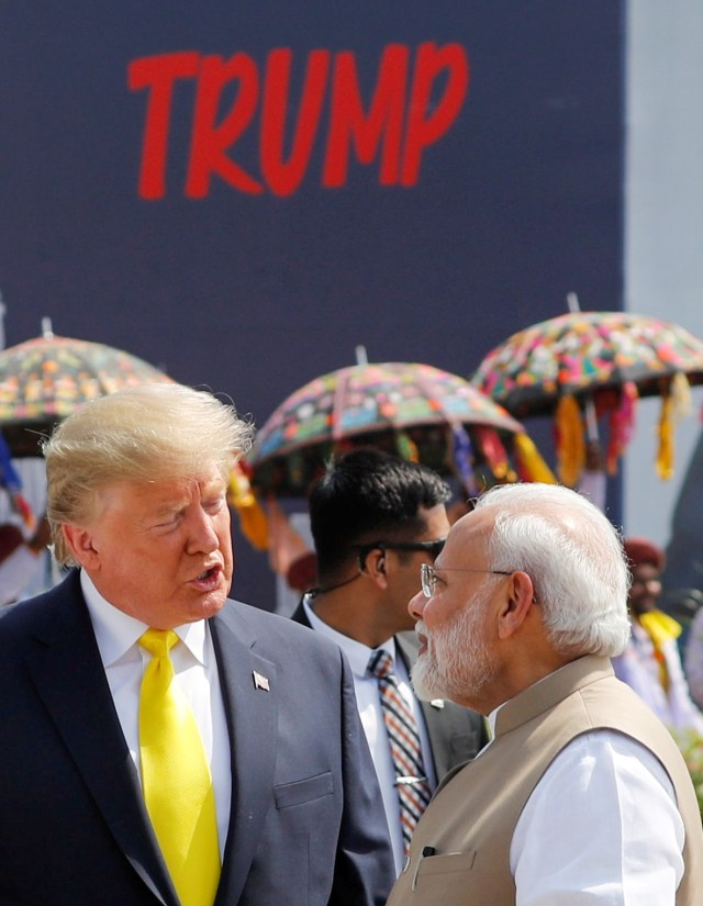 Foto: Trump Disambut Ratusan Ribu Warga saat Melawat ke India (69120)