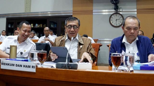 Yasonna Tuai Kritik karena Corona: Bebaskan Koruptor untuk Ubah PP 99/2012 (71824)