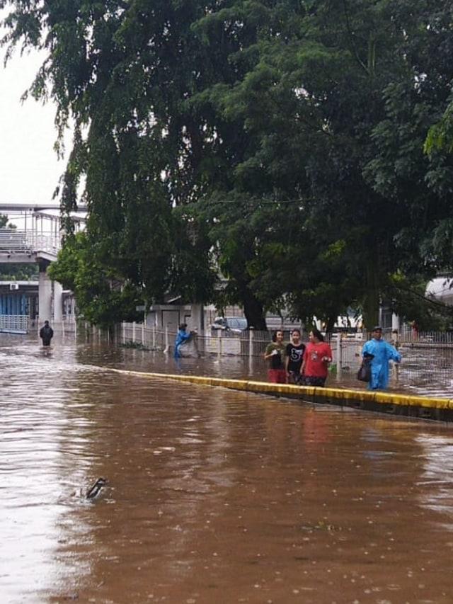 PTR-Banjir di Jalan Perintis Kemerdekaan