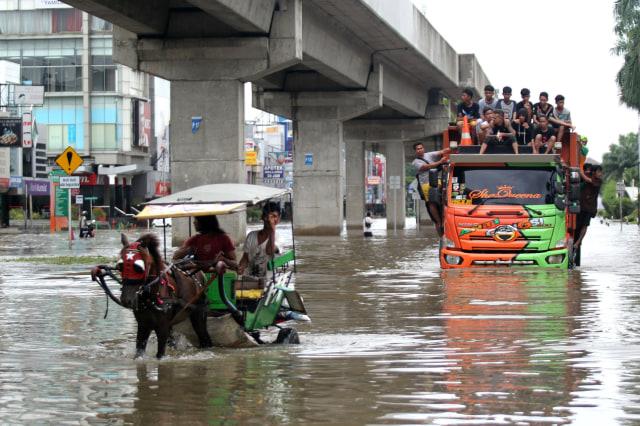 Banjir di kawasan Kelapa Gading