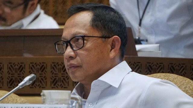 Tito Karnavian Rapat Kerja Bersama Komisi II