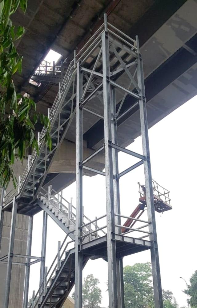 Mulai Maret, 8 Tangga Darurat di Tol Layang Cikampek Bisa Digunakan (21299)