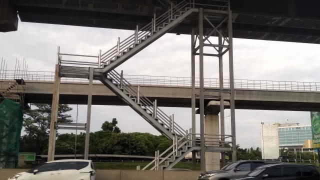 Tol Layang Jakarta-Cikampek Bakal Punya 4 Tempat Parkir Darurat, Ini Lokasinya (59543)