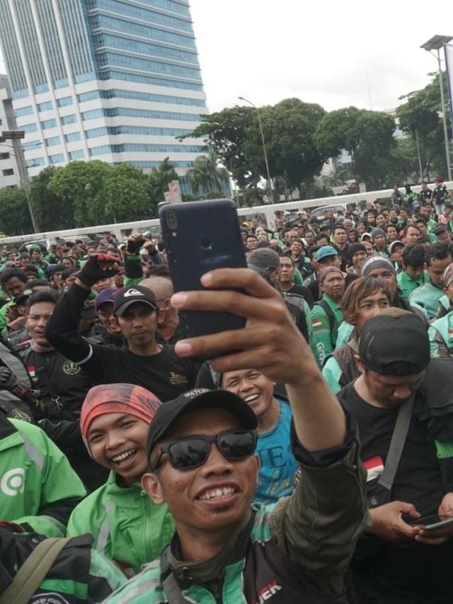 Demo Ojol Diprediksi Akan Muncul di Berbagai Kota (73175)