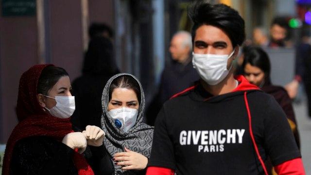 Hadapi Gelombang Ketiga Corona, Iran Perluas Aturan Wajib Penggunaan Masker (2)