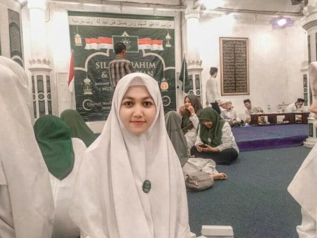 Melihat Berbagai Tampilan Hijab di Dunia Santri (3)