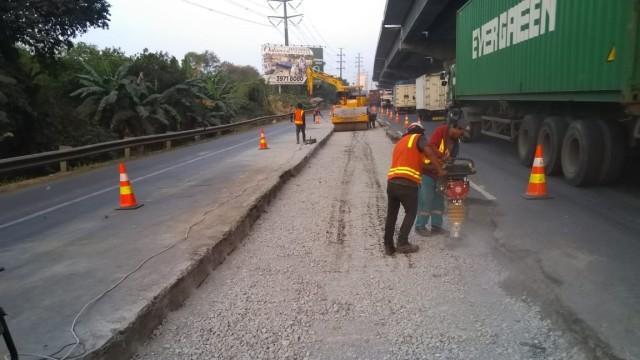 Waspada Macet, Ada Perbaikan Jalan di Ruas Tol Jakarta-Cikampek (78207)