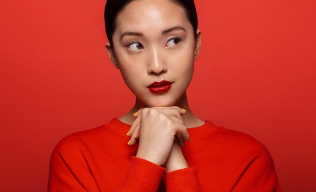 5 Warna Lipstik yang Cocok untuk Pemilik Bibir Hitam (17751)