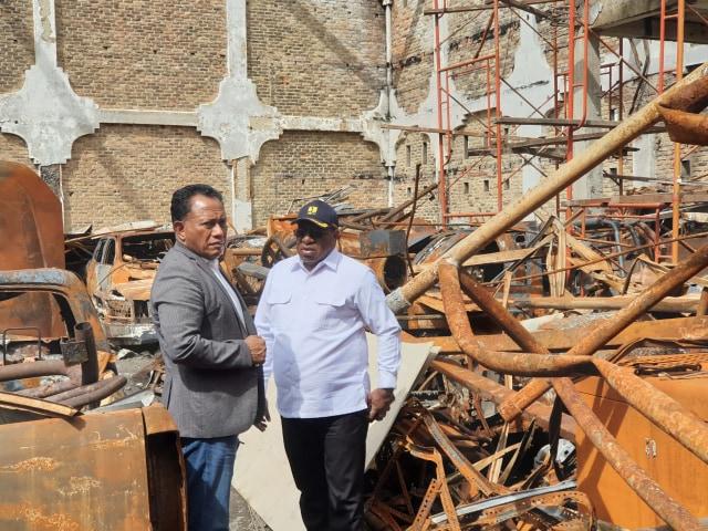 Anggota DPR RI Bingung, Kota Wamena masih Dipenuhi Puing Sisa Kerusuhan (567040)