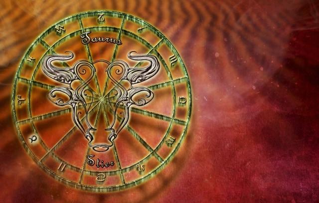 Cara Terbaik Bergaul dengan Bos Berdasarkan Zodiaknya (7921)