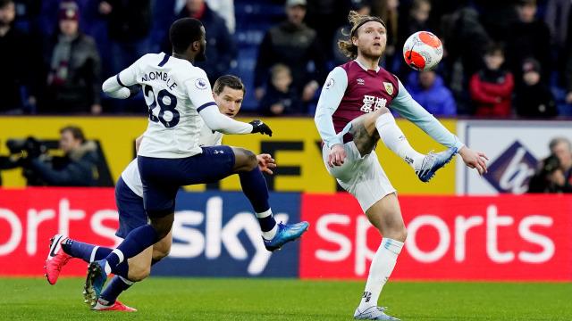 Tottenham Diimbangi Burnley, Jose Mourinho Kritik Tanguy Ndombele (826163)