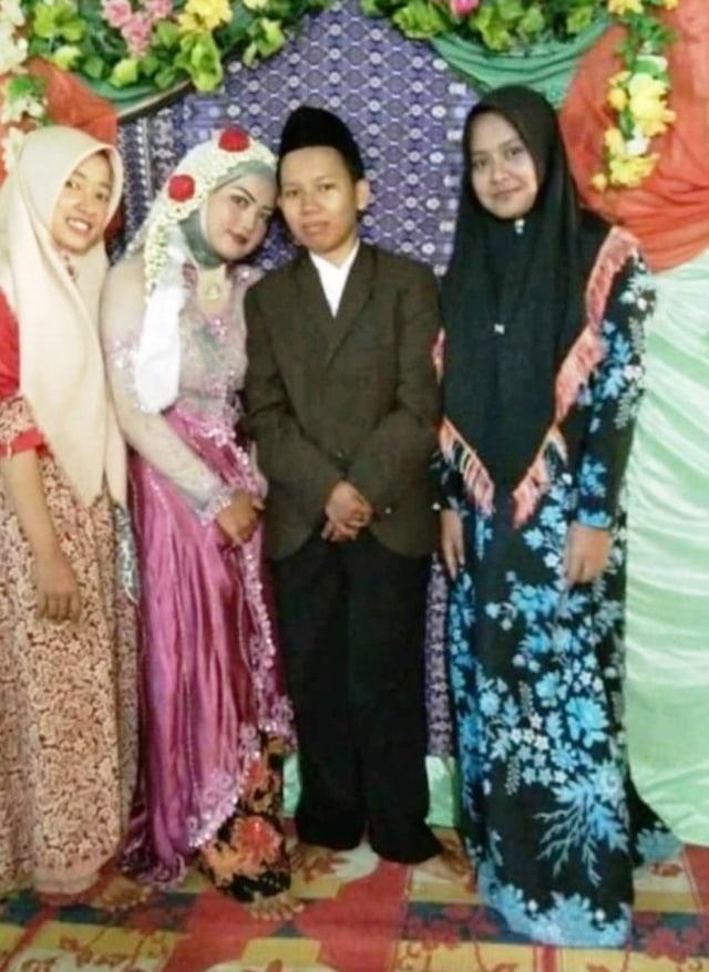 Heboh Pernikahan Sesama Perempuan di Bengkulu Utara (21682)