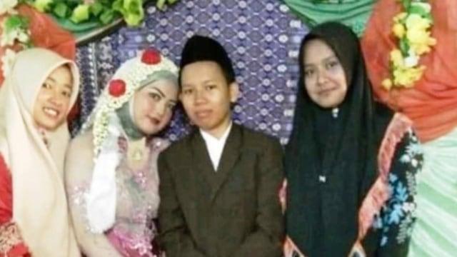 Heboh Pernikahan Sesama Perempuan di Bengkulu Utara (21683)