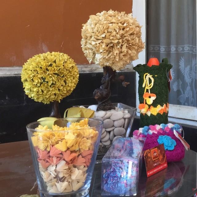 Memanfaatkan Bunga Kering Dan Ranting Pohon Untuk Hiasan Topiary Kumparan Com